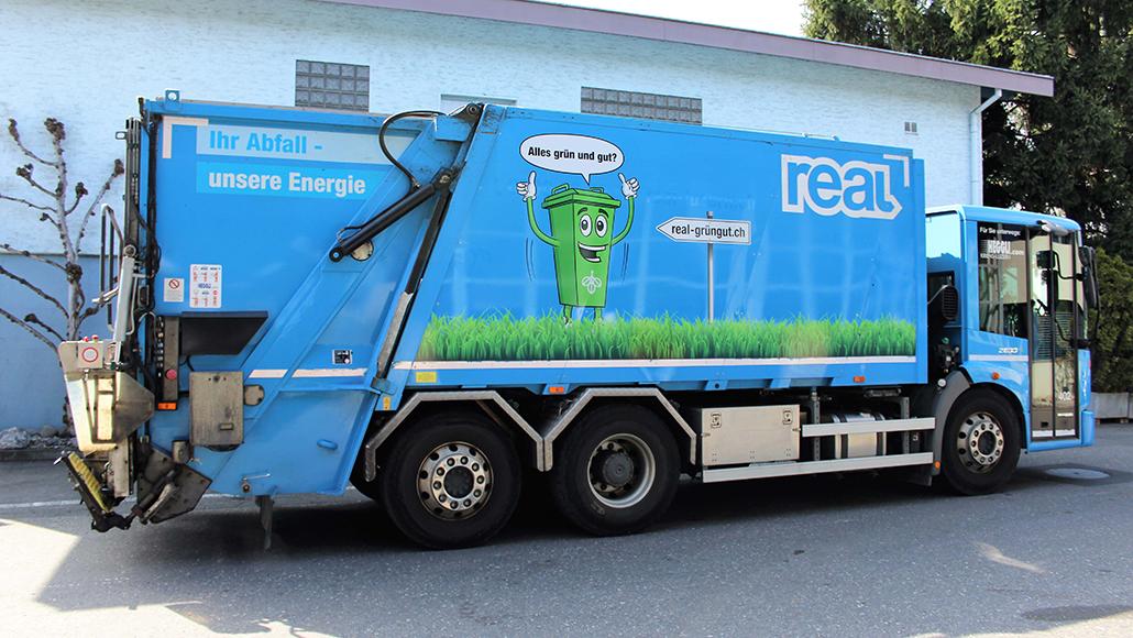 PR-Kampagne REAL-Grüngut-Kampagne: Spetter der REAL Luzern werden mit dem Gesicht der Kampagne Toni Grün versehen. Damit soll auf die Kampagne aufmerksam gemacht werden. Durch eine angefertigte Webseite für die REAL-Grüngut-Kampagne können interessenten alles über den Vorgang der richtigen Grüngutentsorgung erfahren.